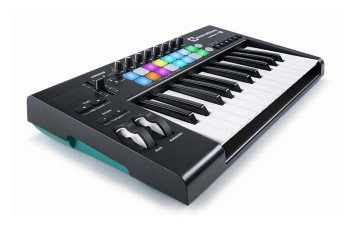 Novation Launchkey 25 Mk2 controller midi usb a 25 tasti