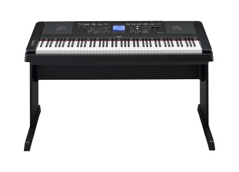 Yamaha DGX-660 Pianoforte digitale con accompagnamenti